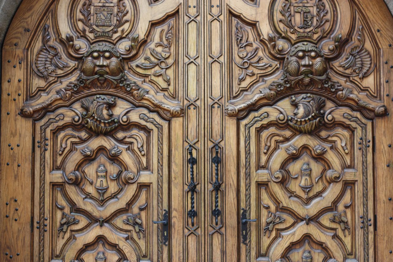 853 #896C42 30 Amazing Front Doors With Kerb Appeal Orphicpixel picture/photo Ornate Front Doors 39791280