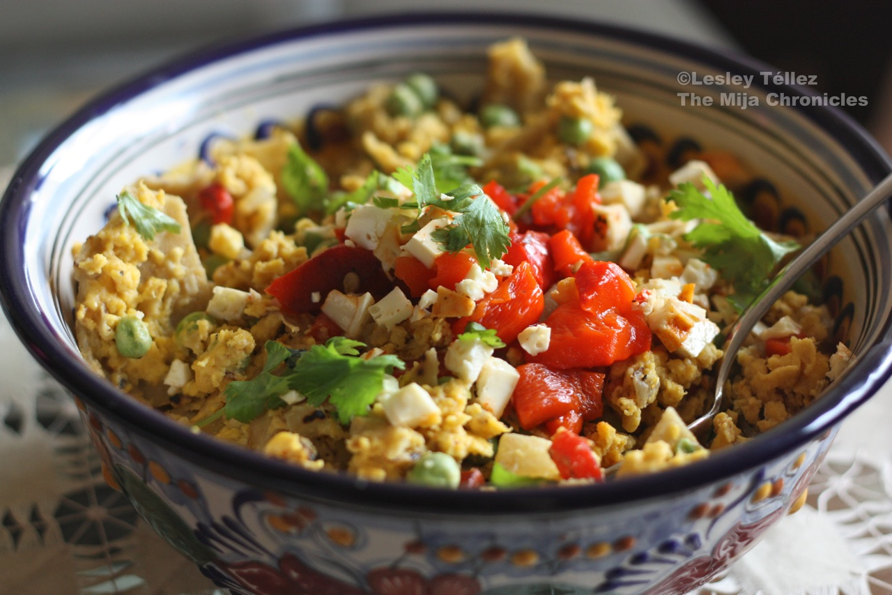 Migas with red peppers and peas - The Mija Chronicles
